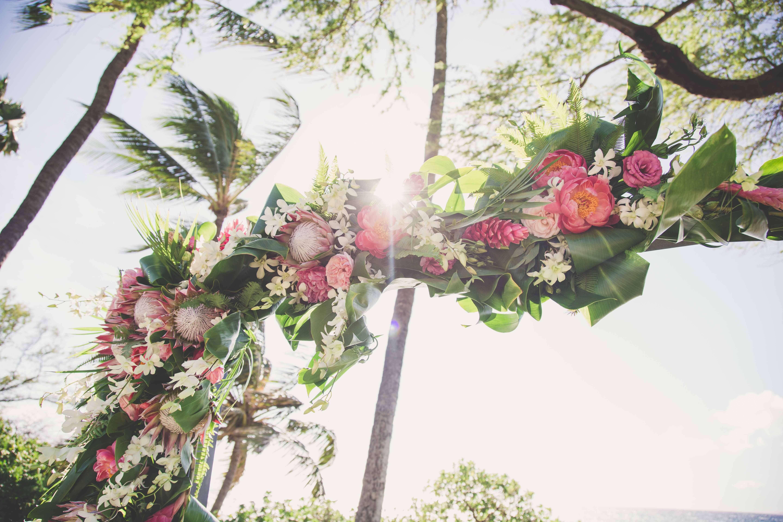boho chic hawaiian wedding nico and lala. Black Bedroom Furniture Sets. Home Design Ideas