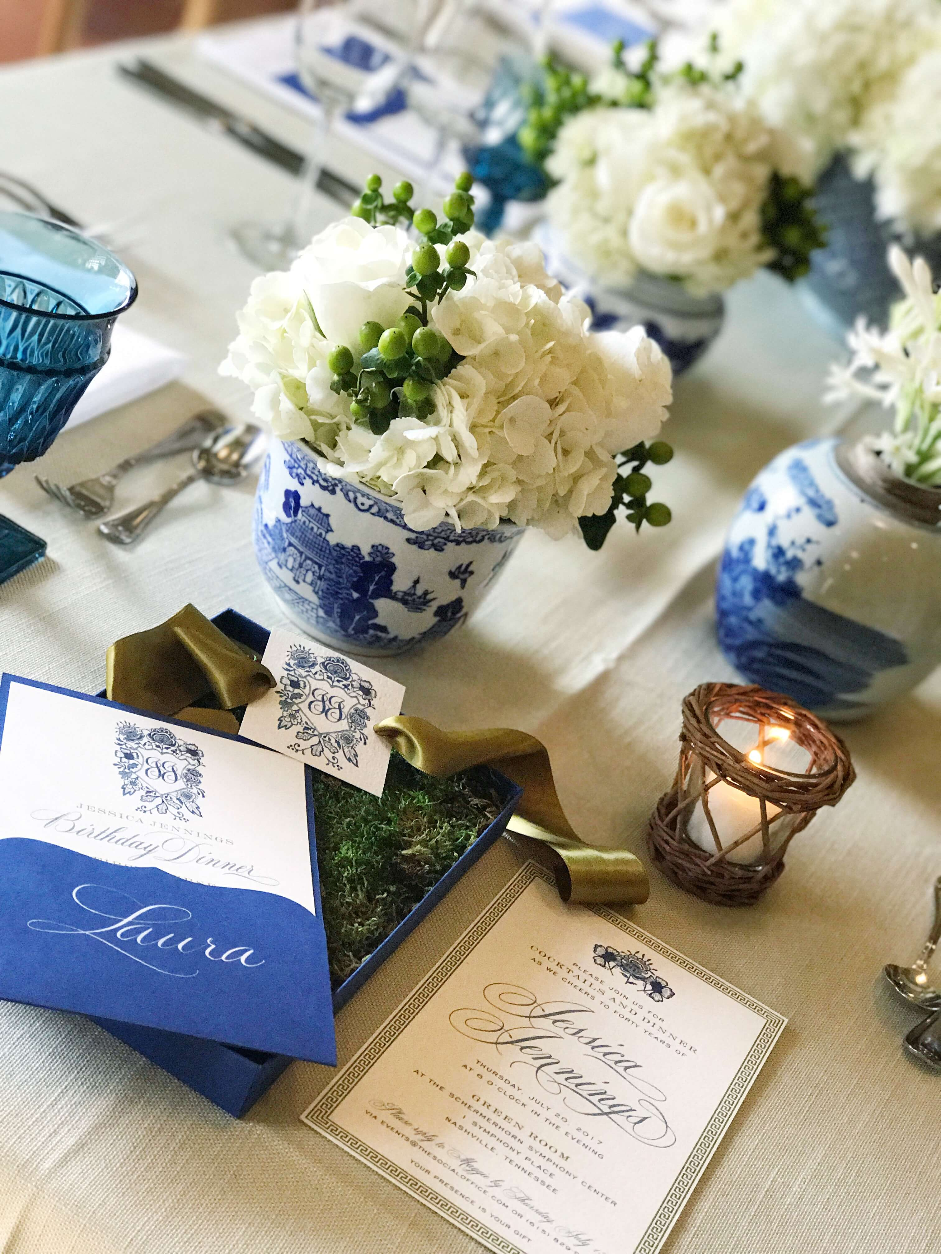 blue and white ginger jar tablescape