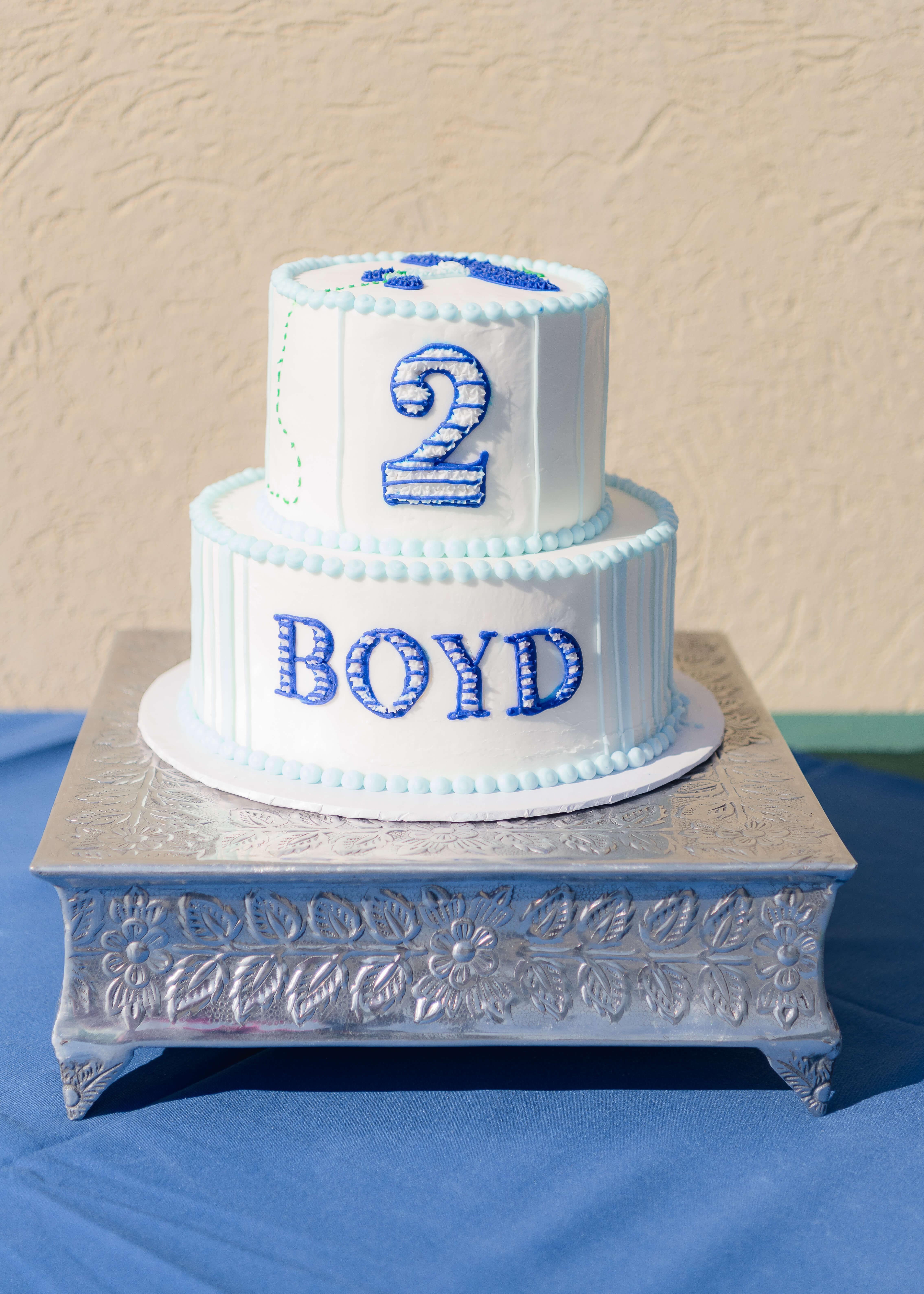 airplane birthday tiered cake