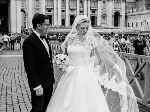 ITALIAN WEDDING AT THE VATICAN AND TARTAN INSPIRED RECEPTION